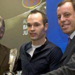 Iniesta Pastikan Bertahan Dan Akan Tetap DI Barcelona