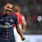 Dani Alves Sempat Hampir Bermain Bersama Liverpool