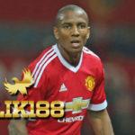Ashley Young Cetak Gol Reaksi Jose Mourinho Malah Aneh