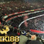 Gemuruh Fans Manchester United di Dinginnya Emirates Stadium
