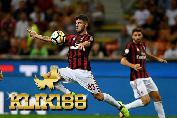 Laporan Pertandingan Sepakbola Serie A Cagliari VS AC Milan