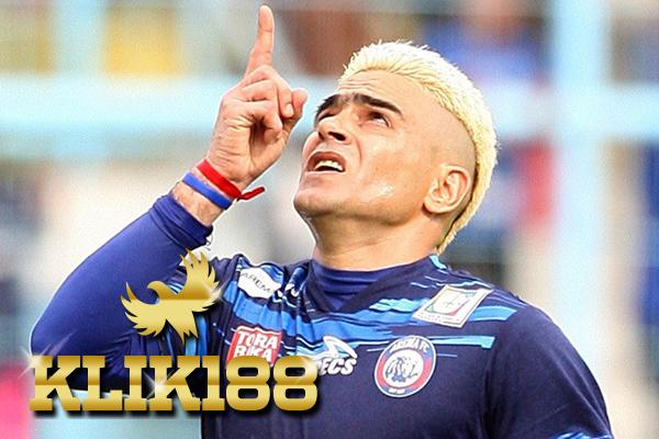 Mantan Pemain Arema FC Ajak Gonzales Main Di Malaysia