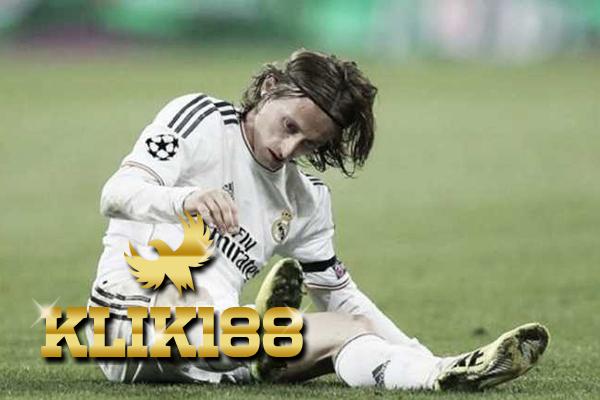 Luka Modric Diragukan Tampil Kontra Paris Saint Germain