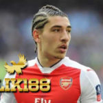 Arsenal Dikabarkan Coret Hector Bellerin Hadapi AC Milan