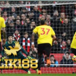 Petr Cech Bukukan Clean Sheet ke200 di Laga Kontra Watford