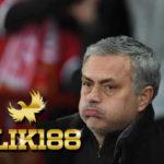 Jose Mourinho Sampaikan Ini pada Fans Manchester United